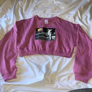 NWOT MTV Cropped Sweater